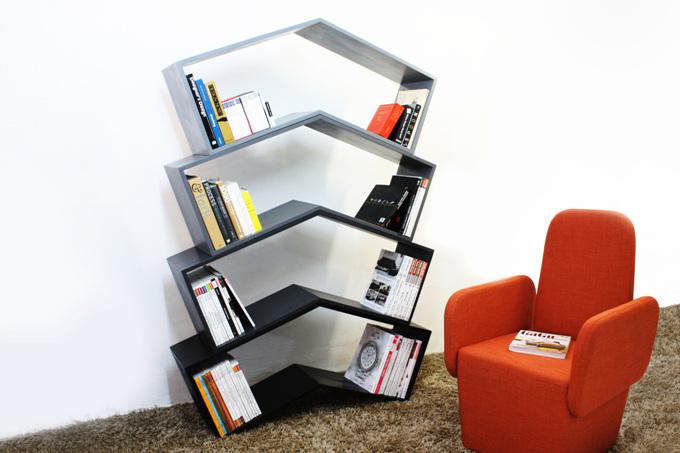 Lean / Book Shelf